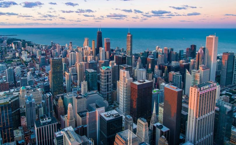 A photo of the Chicago skyline