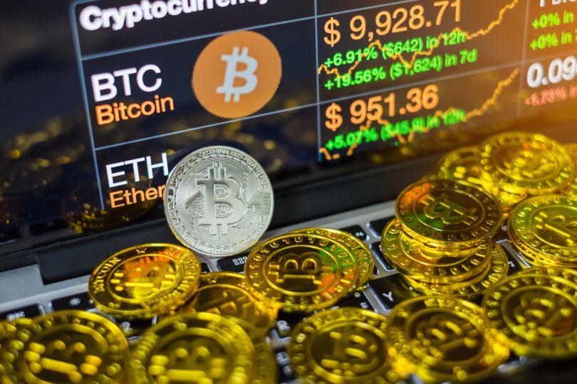 Indicii CoinMarketCap disponibili în bazele de date Nasdaq, Bloomberg și Reuters